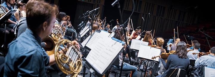 L'orchestre philharmonique de Radio France lors de l'académie du                                                            festival                                                            ManiFeste-2018                                                            © Ircam, photo                                                            : Quentin                                                            Chevrier