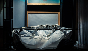Le robot dans Thinking Things de George Aperghis © Ircam, photo : Quentin Chevrier