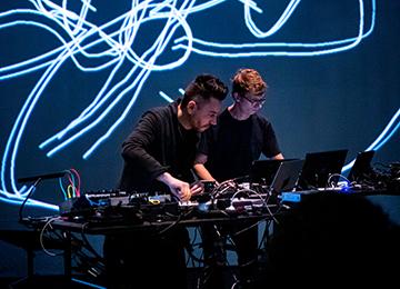 Le compositeur Matteo Franceschini et Architecture 1024 © Ircam-Centre Pompidou, photo : Quentin Chevrier